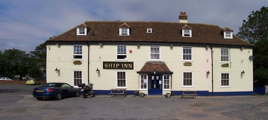 Dymchurch, UK: Front Pub