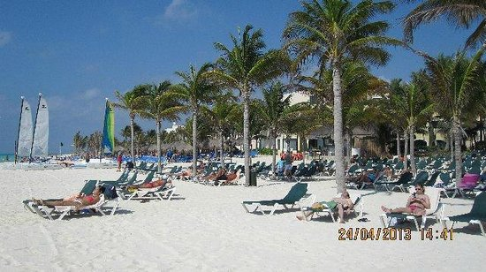 Riu Playacar: Hotei beach area.