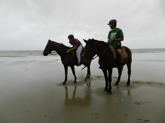 Cape Tribulation, Australi: Me and Dukey and my bf on Chief