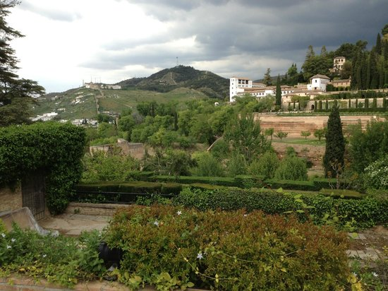 Parador de Granada : Our rear view of the hotel