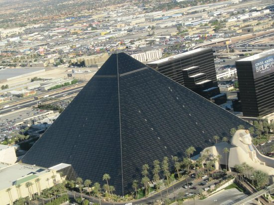 Luxor Las Vegas: View from helicopter returning from Grand Canyon