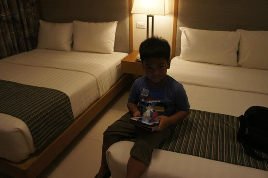 Crown Regency Resort & Convention Center: Comfy beds