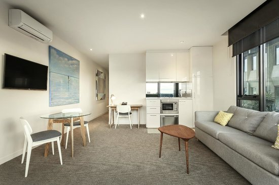 Frankston, Australia: 1 Bedroom Apartment