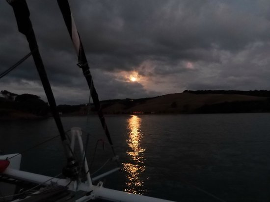 Waiheke Island, New Zealand: Moonlight over Waiheke