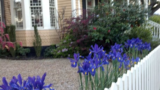 Enjoy the Robert Ruark Inn Gardens!