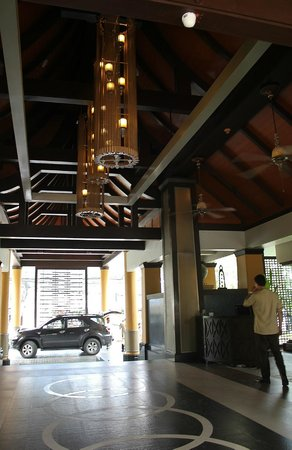 Holiday Inn Resort Phuket: busakorn wing entrance