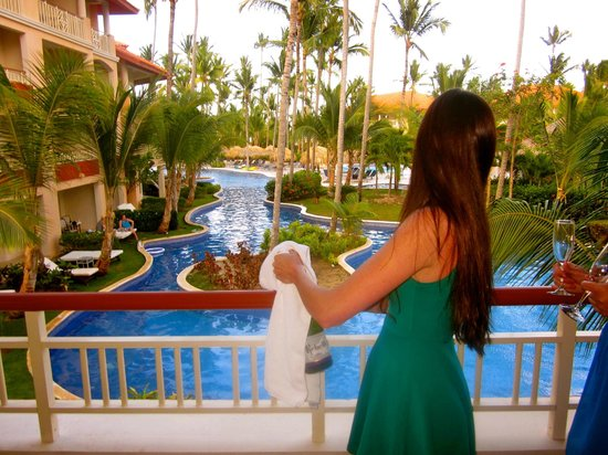 Majestic Elegance Punta Cana: View from our room, which came with a welcome bottle of sparkling