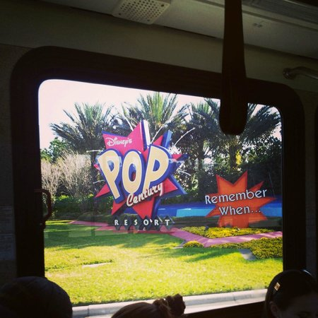 Disney&#39;s Pop Century Resort: Upon exiting on the available shuttles