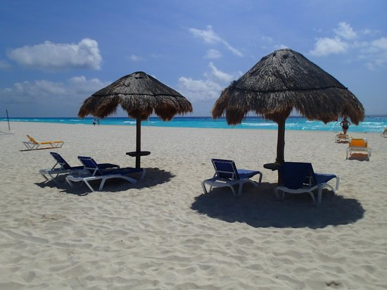 Iberostar Cancun: never a problem to find a chair