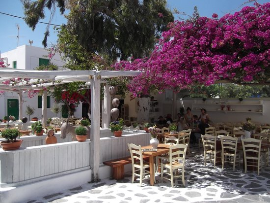Hotel Sourmeli Garden: airy rooms await