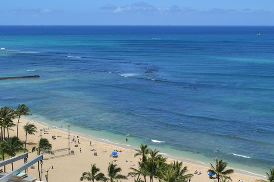 Park Shore Waikiki: View of the beach across the road from a public balcony