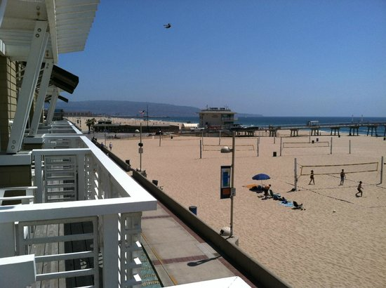 Hermosa Beach, CA: The beach and The Strand