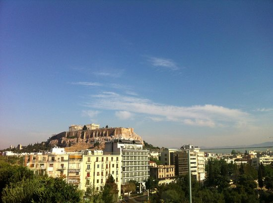 Royal Olympic Hotel: Akropolis view from the roof top restaurant