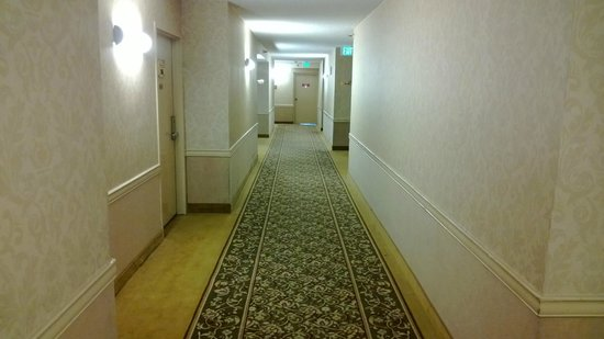 The Quad Resort and Casino: 12th floor hallway