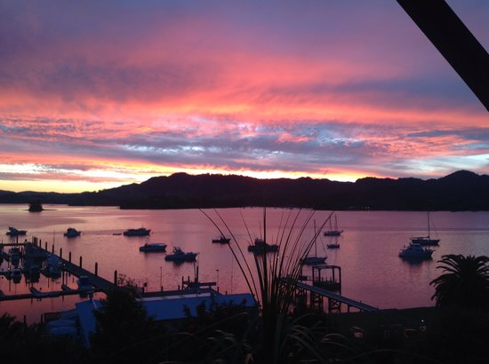 Whangaroa, New Zealand: Every day a new sunset