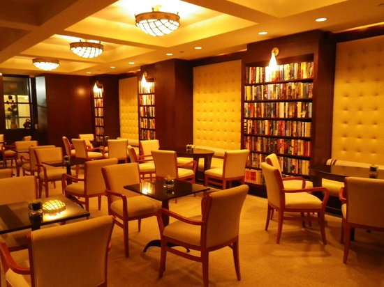 Library Hotel: second floor reading room .. my favorite part