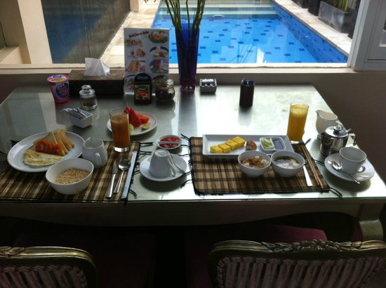 Kamuela Villas Seminyak: breakfast - final day