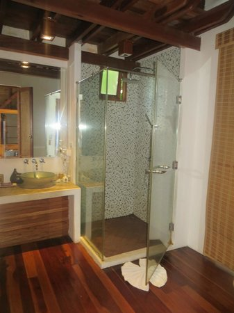 Thipwimarn Resort: Boutique 2 bathroom
