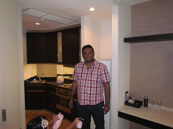 Emporium Suites by Chatrium : Attached kitchen was a blessing