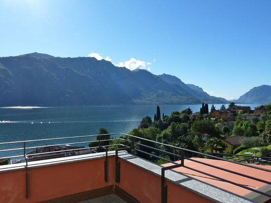 Hotel Belvedere Bellagio: Morning view from Balcony