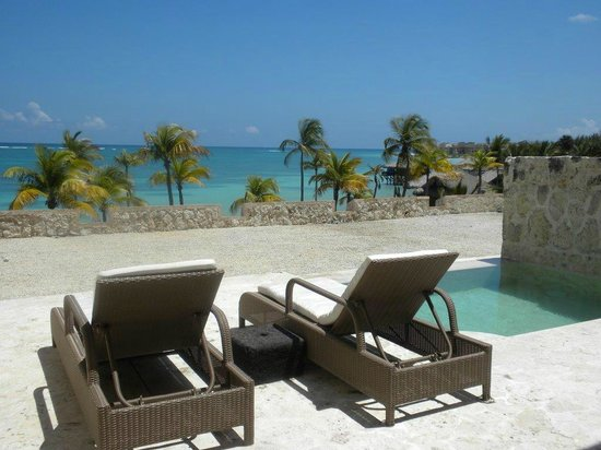 Main pool picture of sanctuary cap cana punta cana for Sanctuary cap cana honeymoon suite