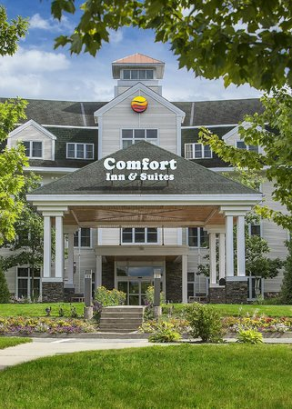 Comfort Inn & Suites: Spring has sprung in St. Johnsbury