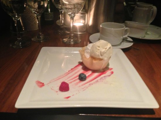 Castleknock, Ireland: Dessert