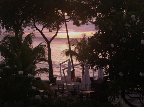 Paynes Bay, Barbados: Sunset from our room