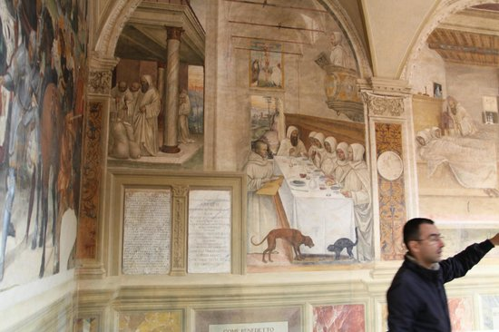 Tours Around Tuscany - Private Day Tours : fresco in the Abby