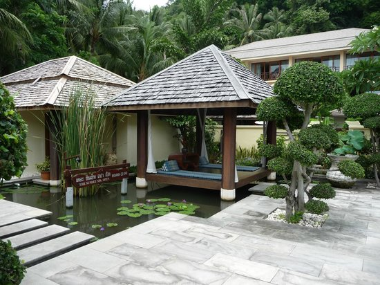 The Sunset Beach Resort & Spa, Taling Ngam: spa