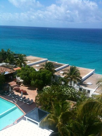 Cupecoy Bay, St-Martin / St Maarten: Terrace view from 6th floor