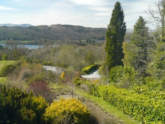 Linthwaite House Hotel: View of Windermere from bedroom