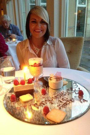 Donegal Town, Irlanda: Birthday Dessert at Cedars