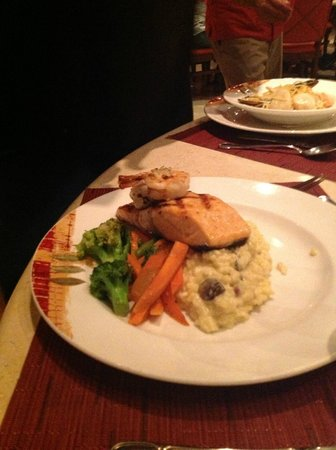 JW Marriott Guanacaste Resort & Spa Costa Rica: Delicious salmon dish