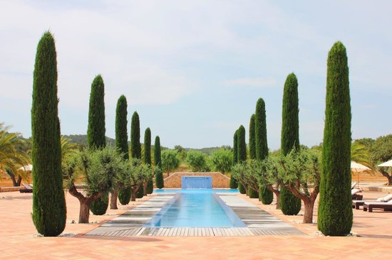 Sant Miquel De Balansat, Spanien: Ca Na Xica pool viewed from reception