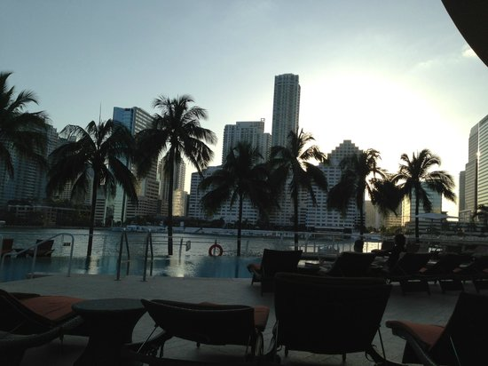 Mandarin Oriental, Miami : Piscina 