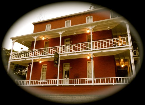 Photo of Elmwood House Eureka Springs
