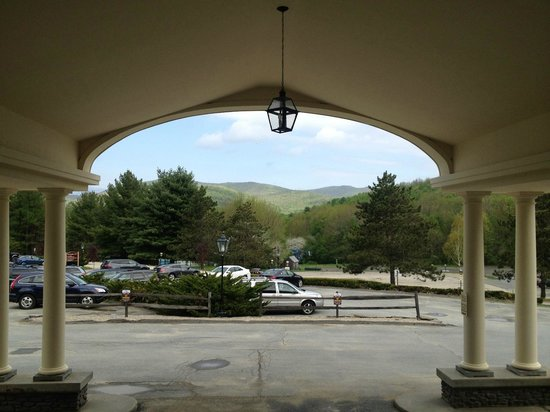 Country Inn at Jiminy Peak: Looking towards the Berkshires from the main enterance