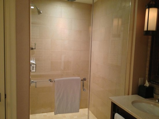 The St. Regis Deer Valley: Shower in bathroom with amazing rain shower head