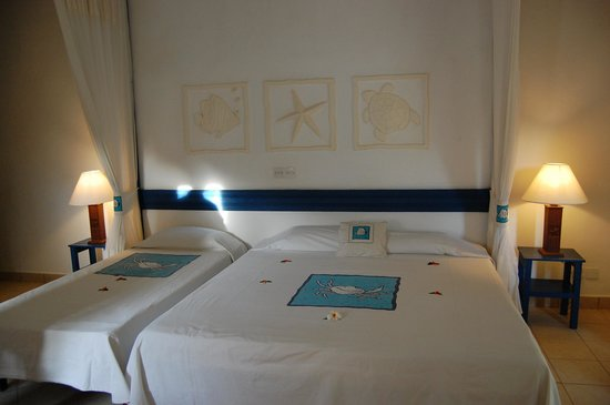 Pinewood Beach Resort & Spa: Chambre