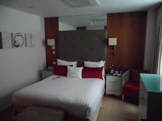 DoubleTree by Hilton London - West End : habitacin 