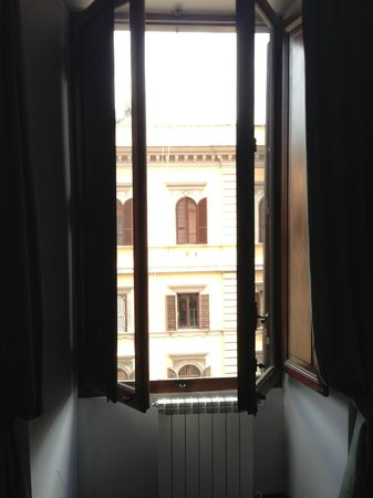 Auditorium di Mecenate : our rooms window