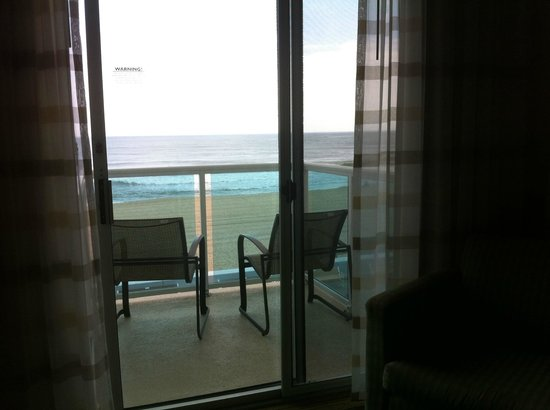 Courtyard by Marriott Ocean City: View of Atlantic Ocean from room