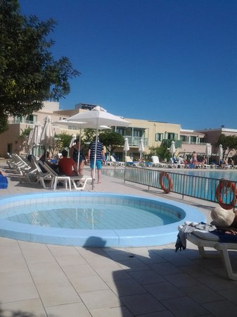 Aquis Silva Beach: By the pool
