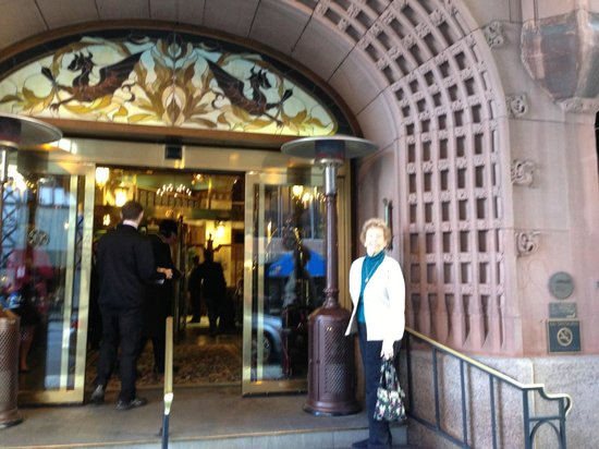 The Brown Palace Hotel and Spa, Autograph Collection: Front Entrance of Hotel