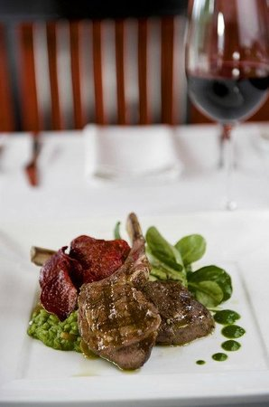 Plymouth, CA: Lamb Chops