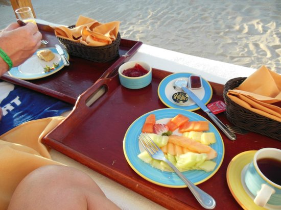 Melia Cabo Real All-Inclusive Beach & Golf Resort: sunrise breakfast