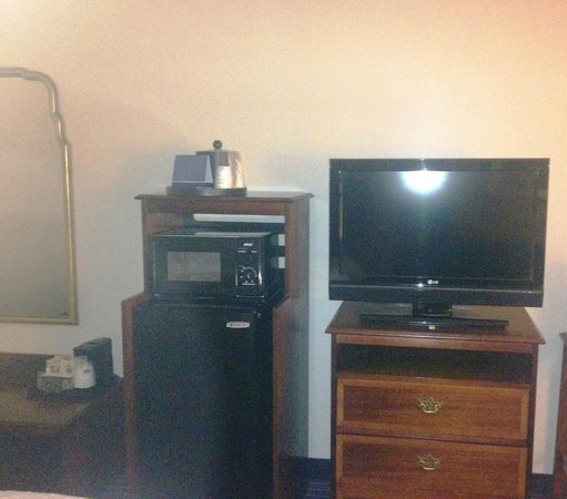 Hampton Inn on the Lake at Harbison: room