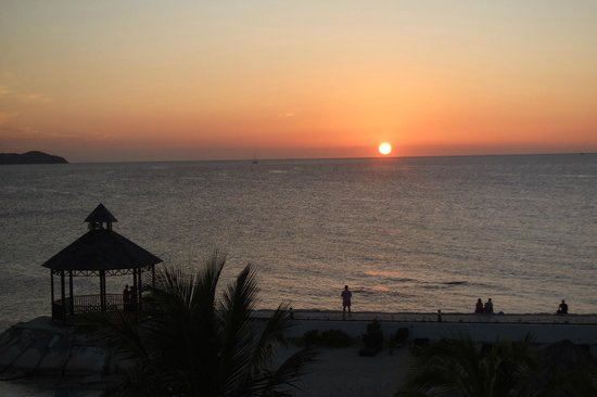 Secrets Wild Orchid Montego Bay: Jamaican Sunset