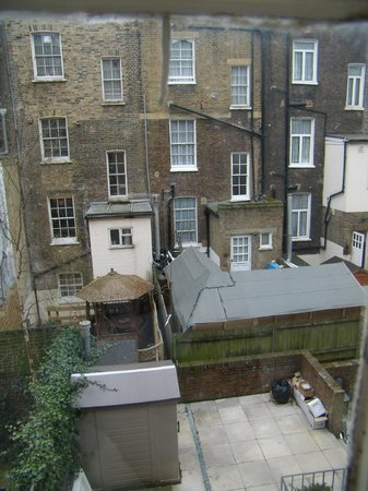 Excelsior Hotel London: Bad view, nr 63